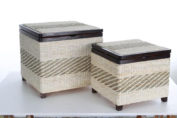 Truhen, 2er-Set, aus Wasserhyazinthegeflecht, wengefarbig lackiert, Füße und Kanten aus Holz, Inlay mit Klett befestigt, in 2 verschiedenen Größen