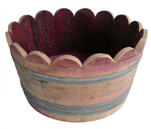 Eichen-Weinfass als Pflanzkübel, 1/2 ca. 100 l, gebraucht mit fixierten Metallringen, ca. Ø 65-70 x 40-45 cm