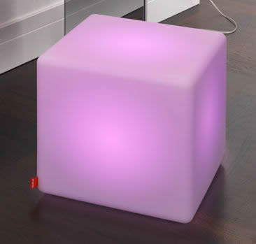 Moree Cube LED Akku Leuchtwürfel / Sitzwürfel, beleuchtet, B 44, L 44, H 45 cm, PE seidenmatt, mit Vielfarben-LED, mit Lithium-Akku, inkl. Fernbedienung, für Innen