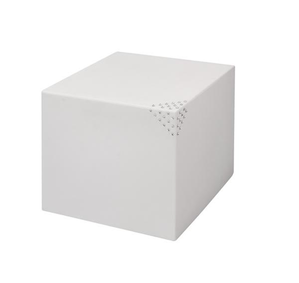 """Sitzwürfel / Beistelltisch Nicoli """"Modus cubo"""" mit original Swarovski Kristallen, Motiv Pyramid, quadratisch, B40 x H40 x T40 cm, matt, für Innen und Außen, aus hochwertigem Polyethylen, weiß oder anthrazit"""