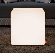 Moree Cube Leuchtwürfel / Sitzwürfel, beleuchtet, B 44, L 44, H 45 cm, PE seidenmatt, mit E27 (230 V) Energiesparlampe, für Innen