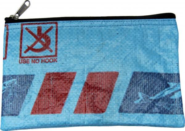Fairtrade Federmäppchen Stiftemappe Kosmetiktäschchen, aus wiederverwertetem Fischfutter-bzw. Reissack, doppelwandig mit YKK-Reißverschluss, wasserabweisend, reißfest, H 14 x L 22,5 x T 0,5 cm