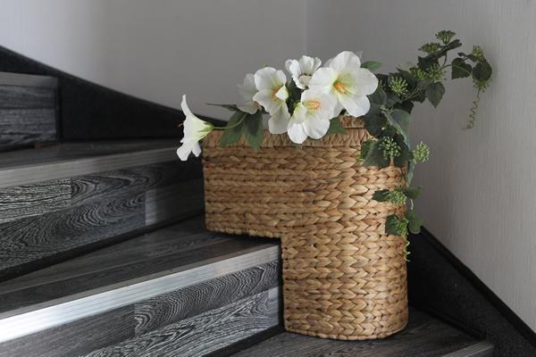Treppenkorb aus Bananenblattgeflecht, mit Henkel, B 40 x T 22 x H 40 cm, in 2 Farben erhältlich